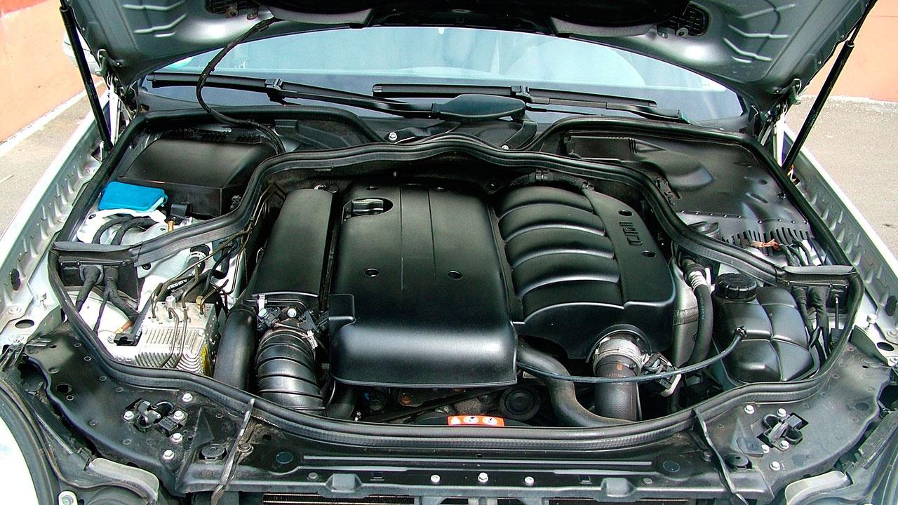 Названы пять ошибок водителей, уничтожающих турбодвигатель