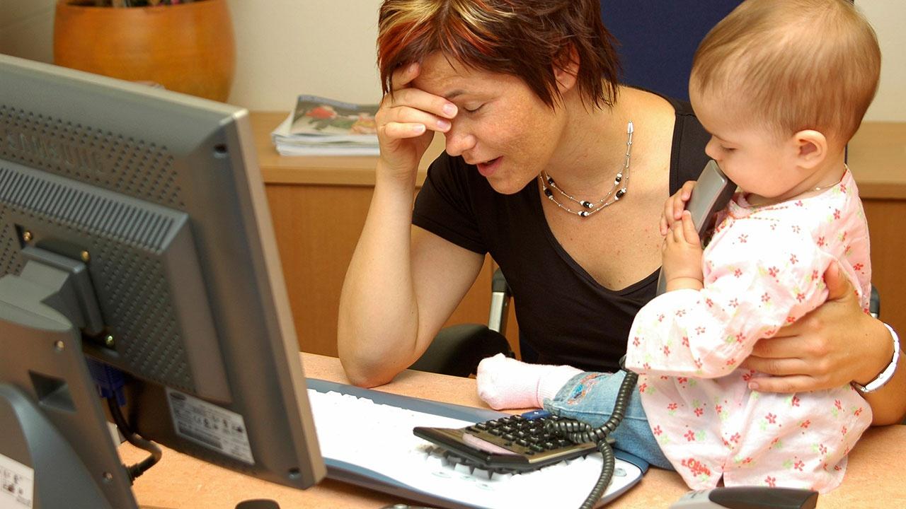 В Совете Федерации предложили дать дополнительный выходной женщинам с детьми