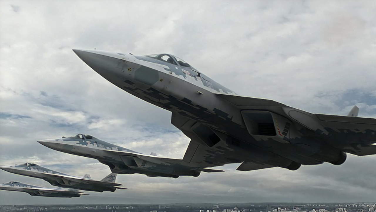 Истребители Су-57<figcaption class=