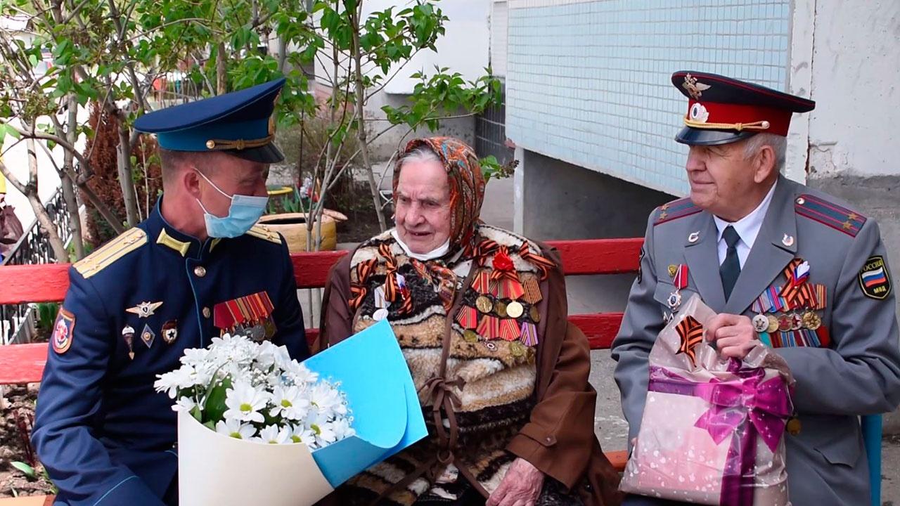 Разведчики ЦВО провели мини-концерты для фронтовиков и тружеников тыла в Самарской области