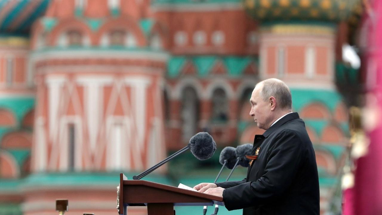 Путин заявил, что в мире не прекращаются попытки оправдать нацистские преступления