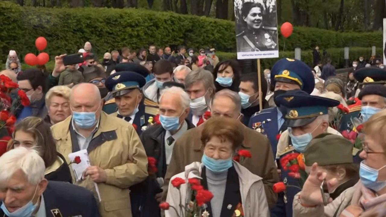 «Бессмертный полк», автопробег и песни военных лет: как на Украине отмечают День Победы
