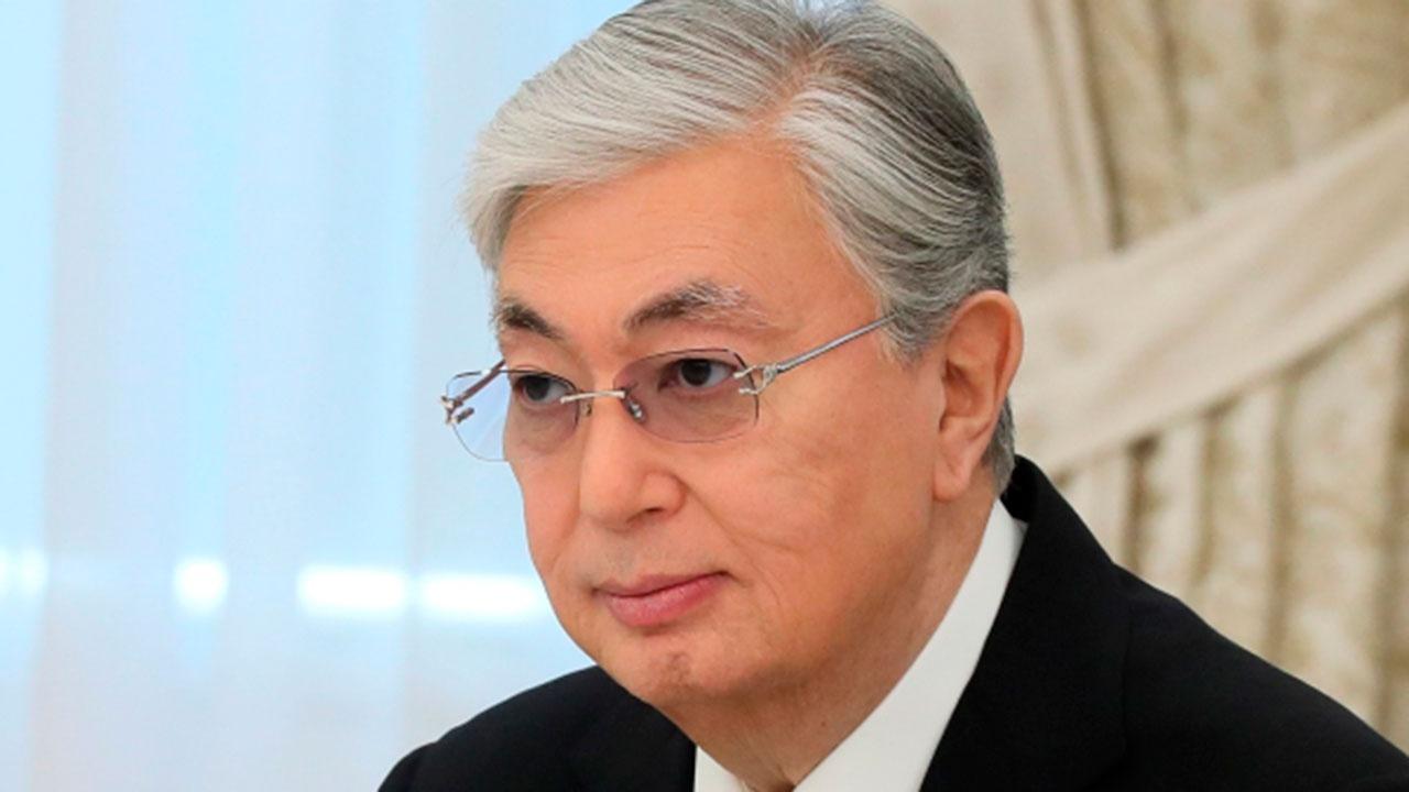 «Символ славы и доблести»: президент Казахстана поздравил соотечественников с Днем Победы