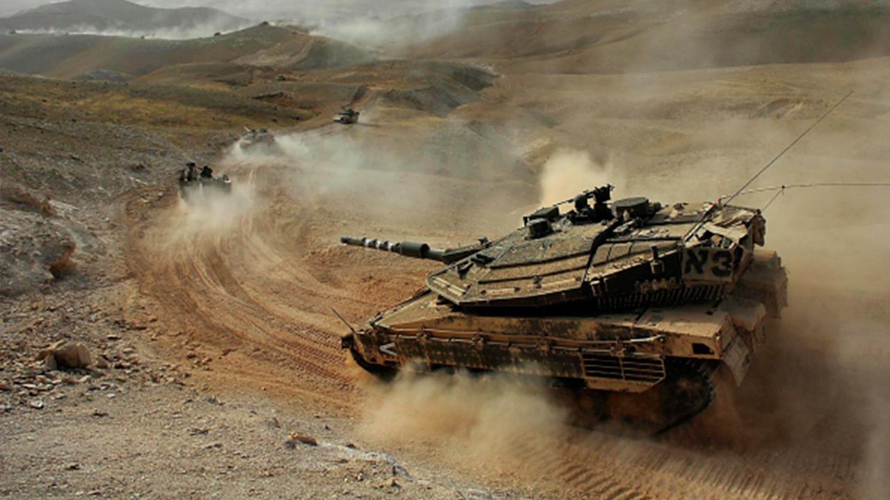 Танки Израиля ударили по объектам ХАМАС в ответ на пуски ракет из Газы
