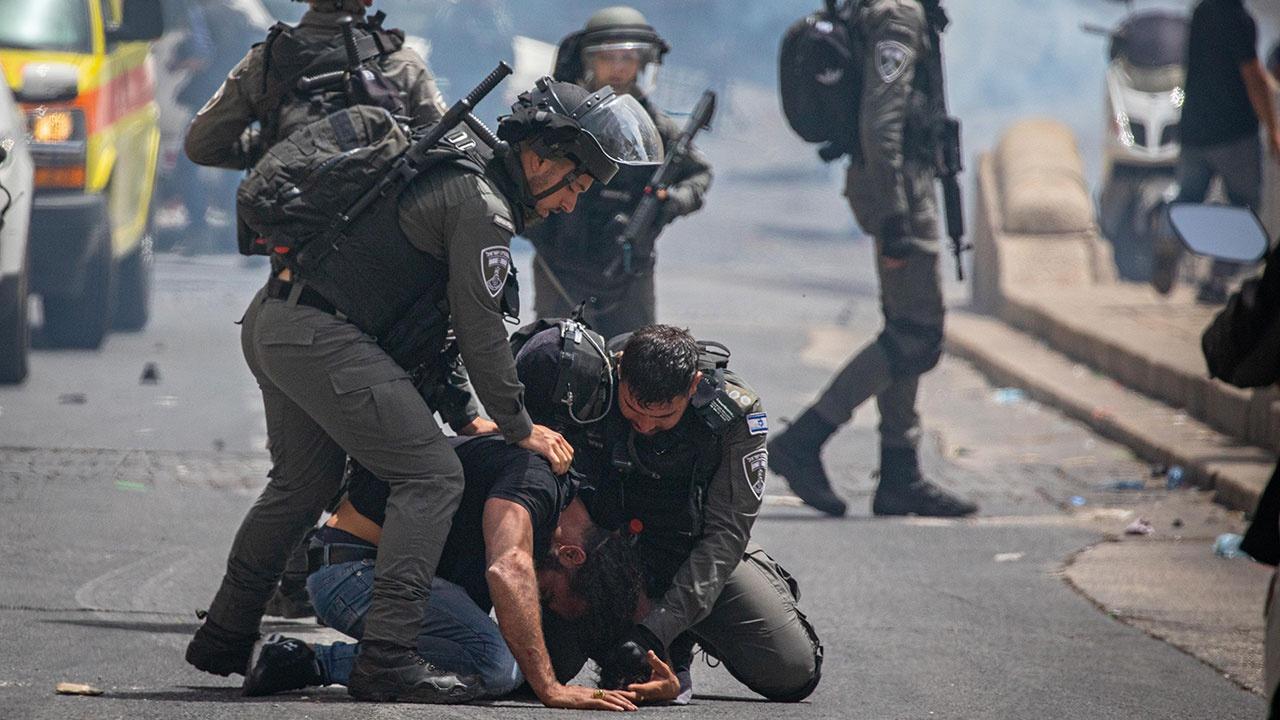 Число раненых в стычках с полицией Израиля в Иерусалиме превысило 610