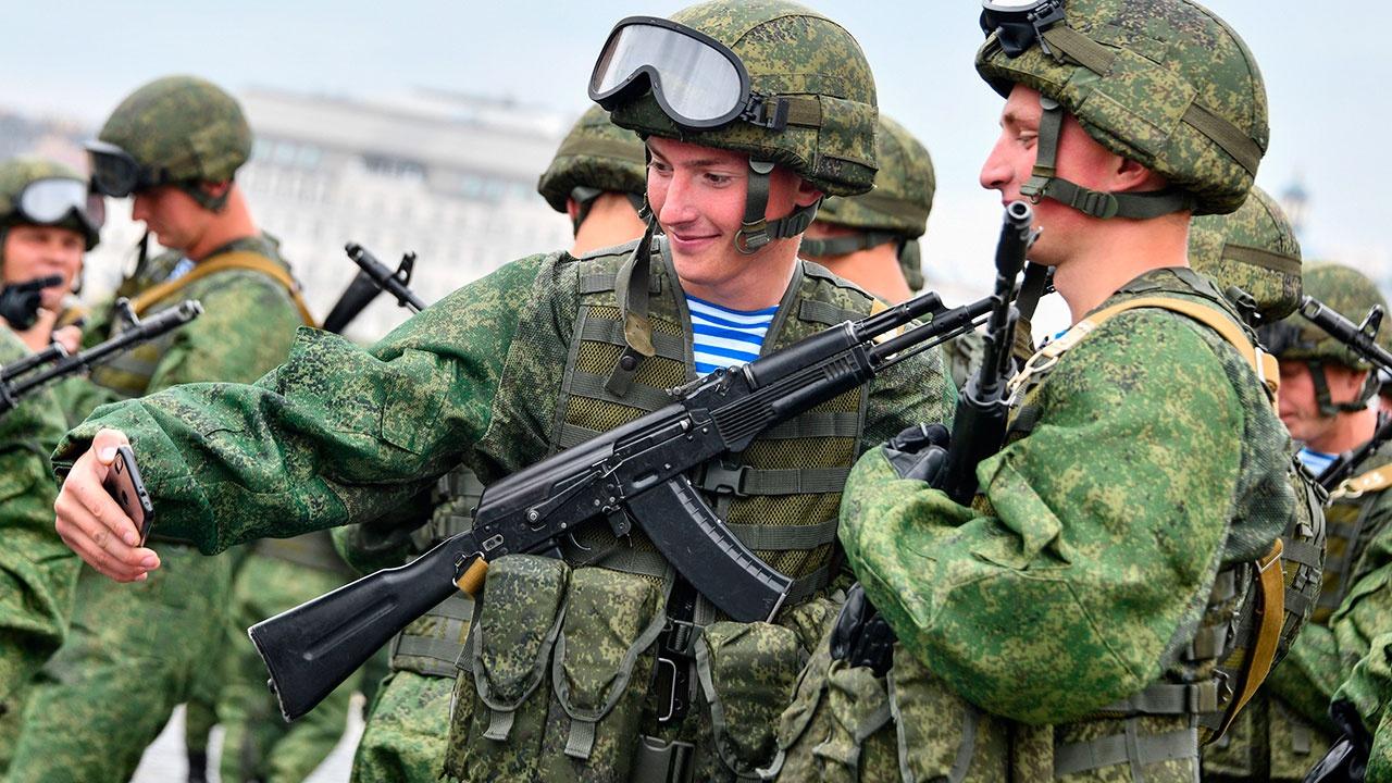 Шойгу сообщил о снижении случаев нарушений уставных правил взаимоотношений между военнослужащими