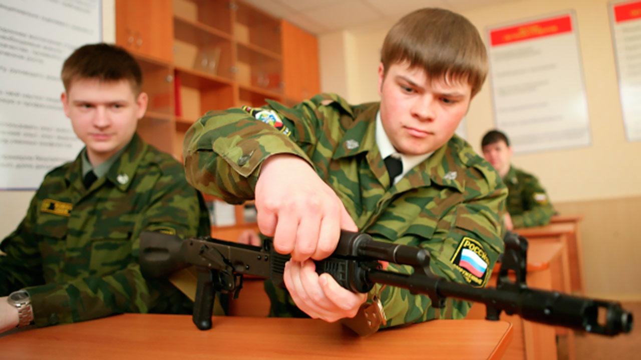 Шойгу: военная подготовка станет доступной для студентов госвузов