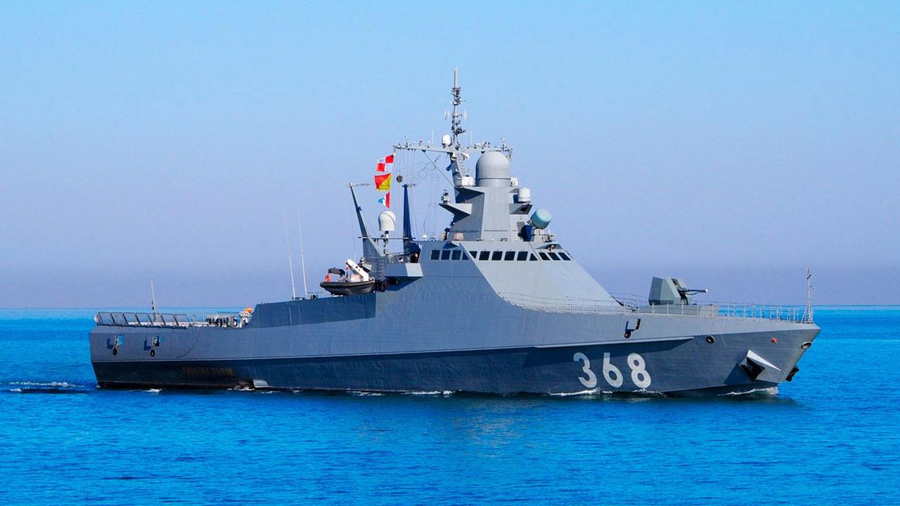 Патрульный корабль «Василий Быков» отразил «ракетный удар» в Черном море