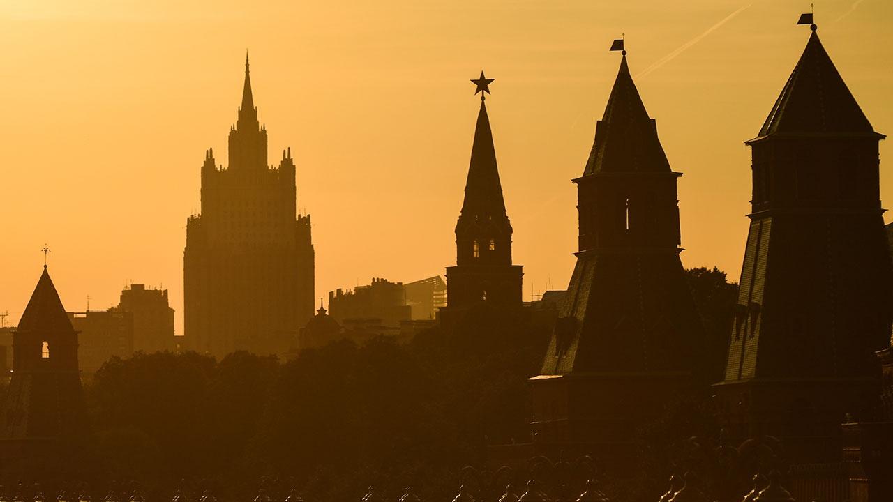 «Мистические лучи» в темном царстве: Пентагон «нашел» причину ухудшения самочувствия своих военных в Москве