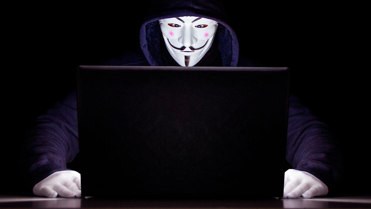 «Необходимо обсуждать»: Володин высказался об анонимности в Сети после трагедии в Казани