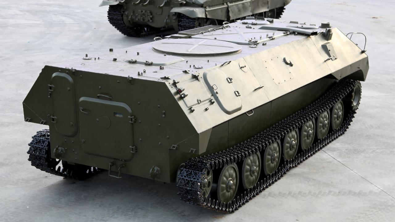 В России предложили создать робота для доставки танковых боеприпасов