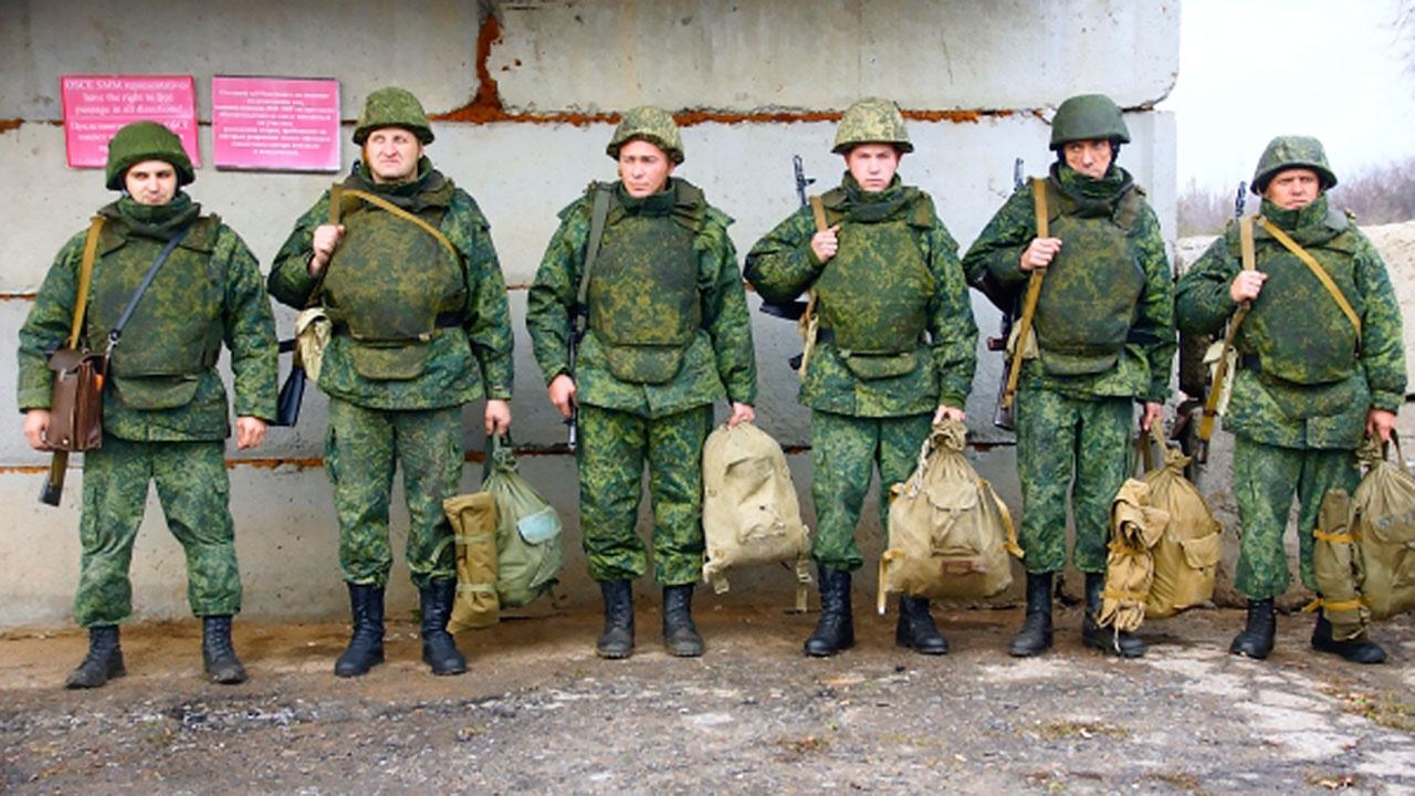 На военные сборы в ЛНР призвали резервистов
