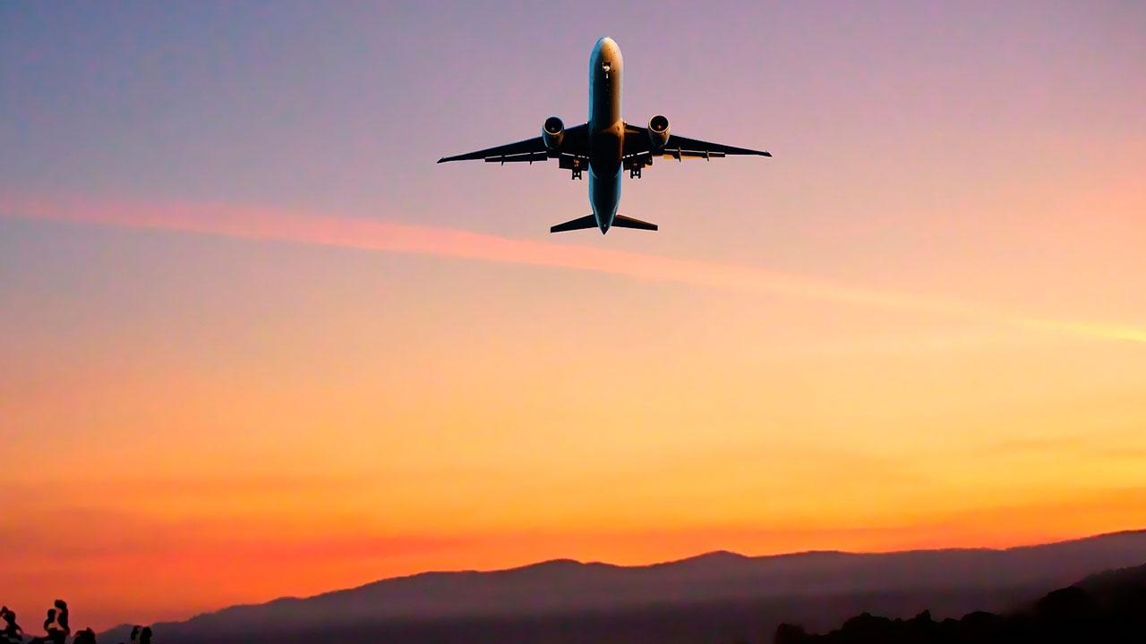 Оперштаб: РФ возобновляет авиасообщение с пятью странами с 25 мая
