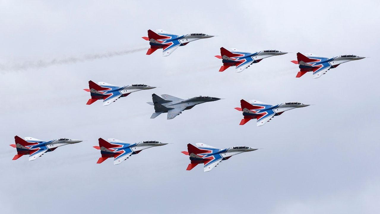 В Кубинке пройдет масштабный авиационный праздник в честь 30-летия «Русских Витязей» и «Стрижей»