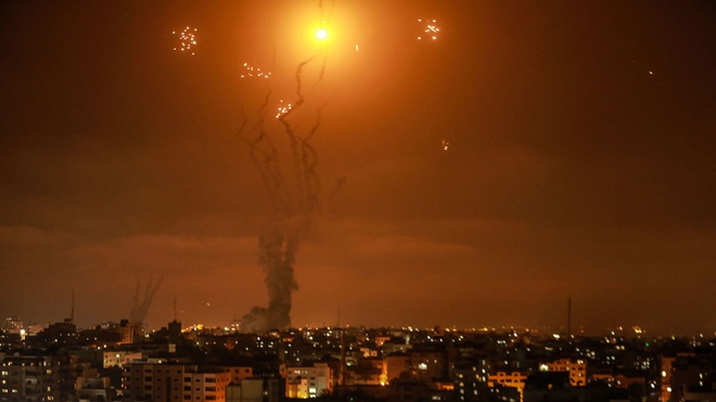 Израиль перехватил половину из 200 выпущенных по нему из сектора Газа ракет