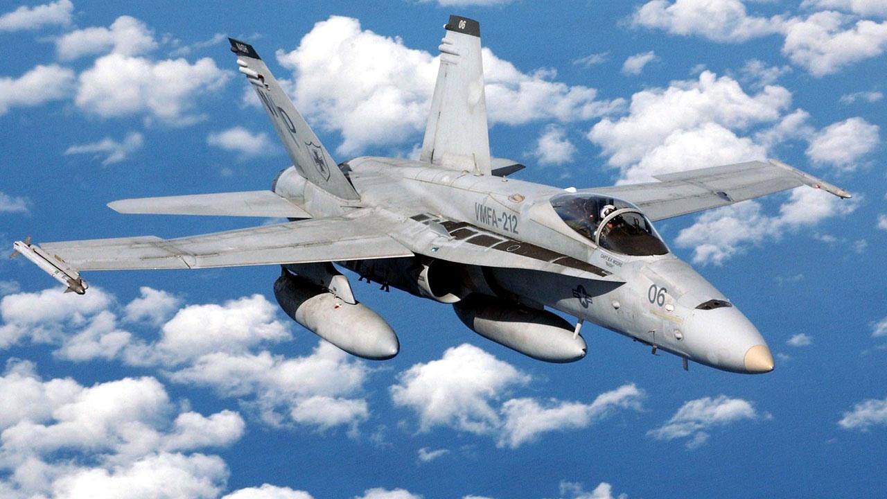 «Бурлящий участок белой воды»: бывшие летчики ВМС США рассказали о «тревожной» встрече с НЛО