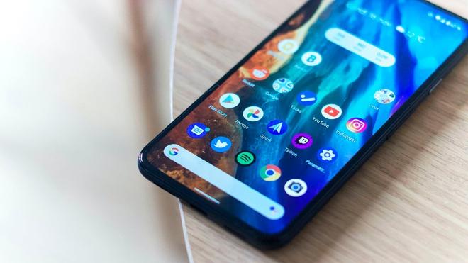 Психолог назвала признаки тревожной зависимости от смартфона