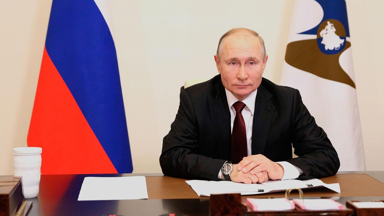 «Прямолинейная нация»: китайцы оценили слова Путина о готовности РФ «выбить зубы»