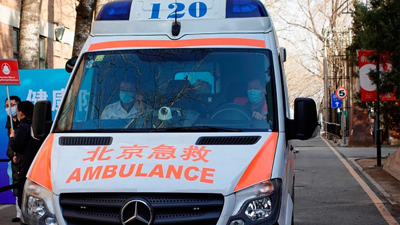 Шестнадцать человек погибли из-за плохой погоды во время марафона в Китае
