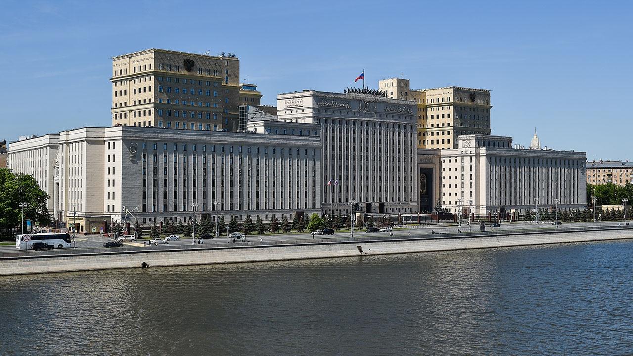 В Минобороны РФ проведены консультации с США о предотвращении инцидентов в открытом море и в воздушном пространстве над ним