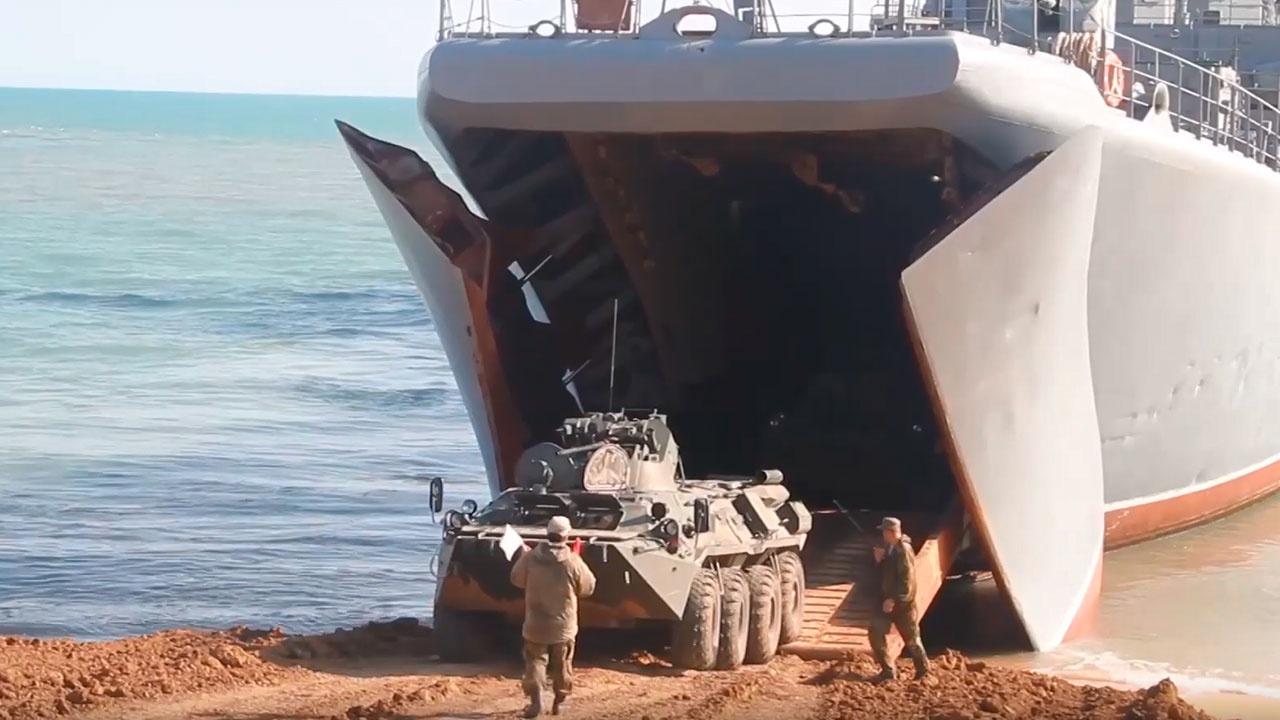 «Нам есть чем воевать»: командующий войсками ЮВО рассказал о поступлении нового вооружения
