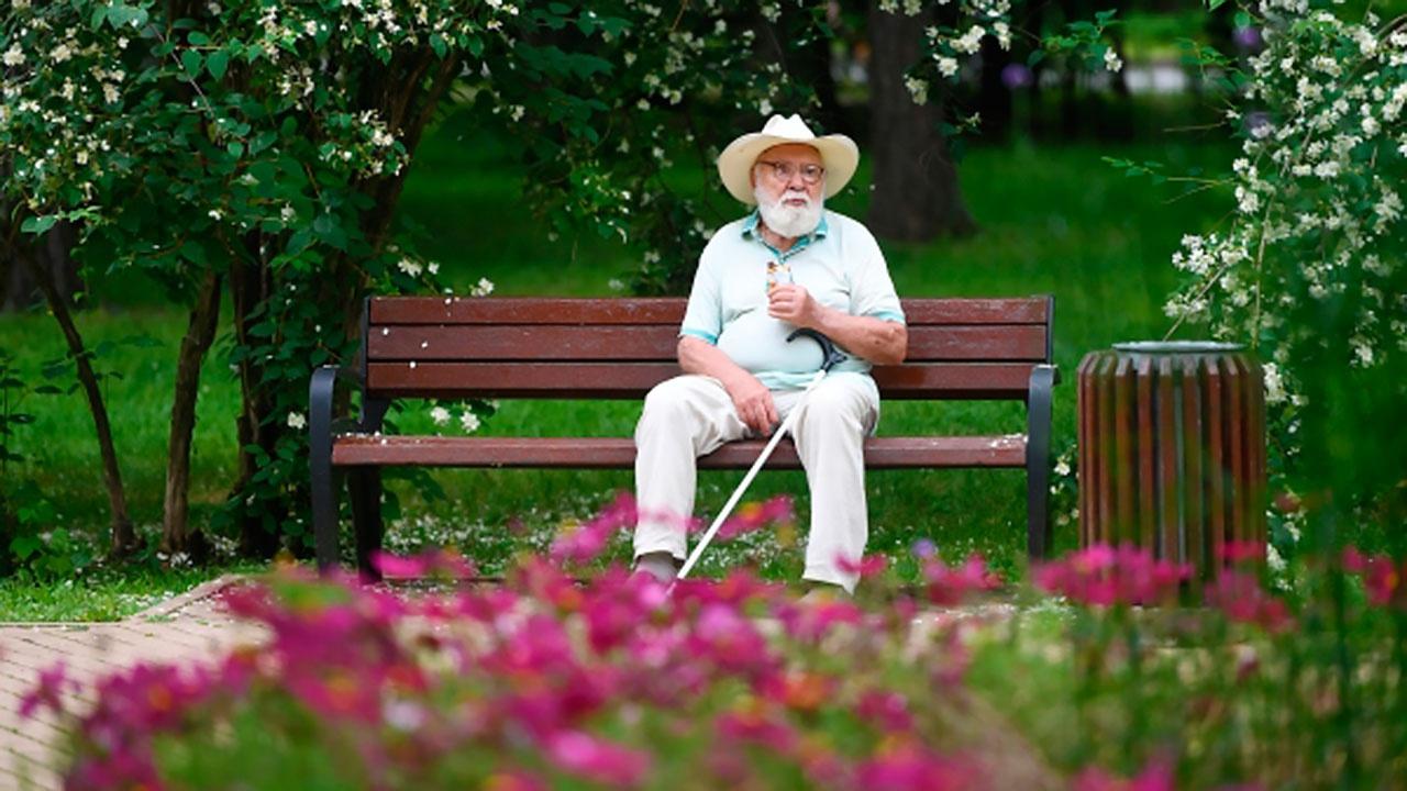 Британский ученый предположил, что продолжительность жизней людей сможет увеличиться