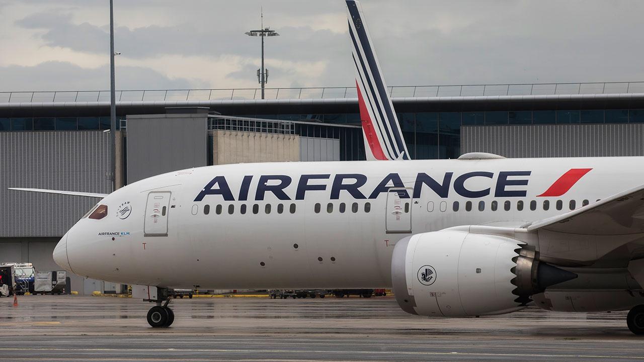 Рейс Аir France из Парижа в Москву, запланированный на пятницу, аннулирован