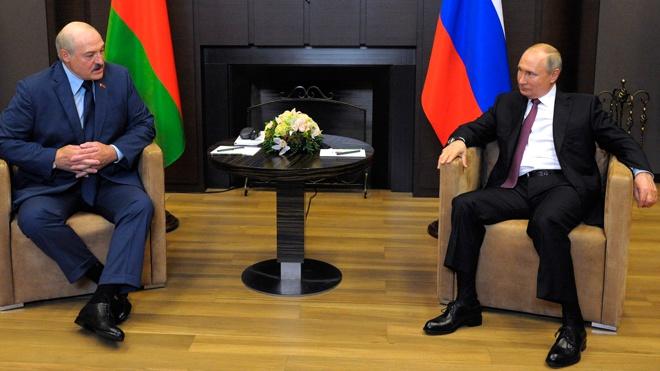 Путин и Лукашенко начали неформальную встречу
