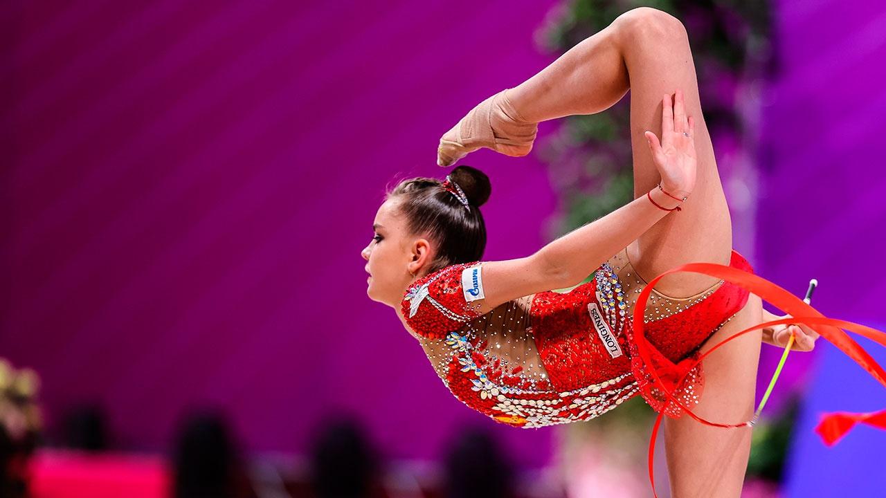 Гимнастки из РФ взяли золото группового многоборья на этапе Кубка мира