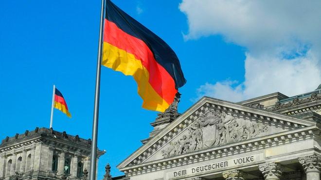 Германия и Франция заявили о готовности продолжать диалог с Россией