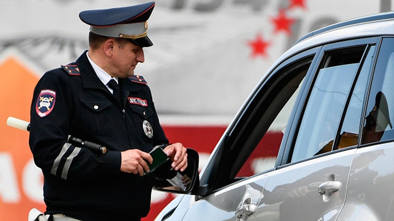 ГИБДД сможет скрытно фиксировать опасное вождение и разговор по телефону