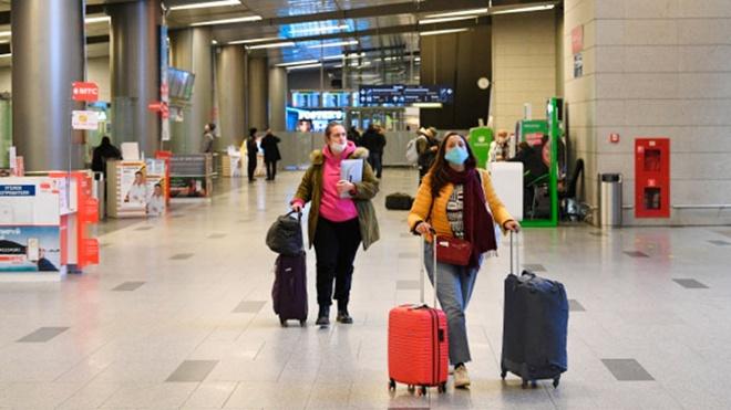 Ростуризм предупредил о махинацях с вывозом туристов за границу в виде «груза»