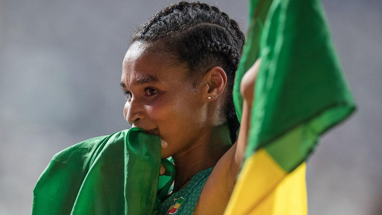 Эфиопская спортсменка побила мировой рекорд в беге на 10 тысяч метров