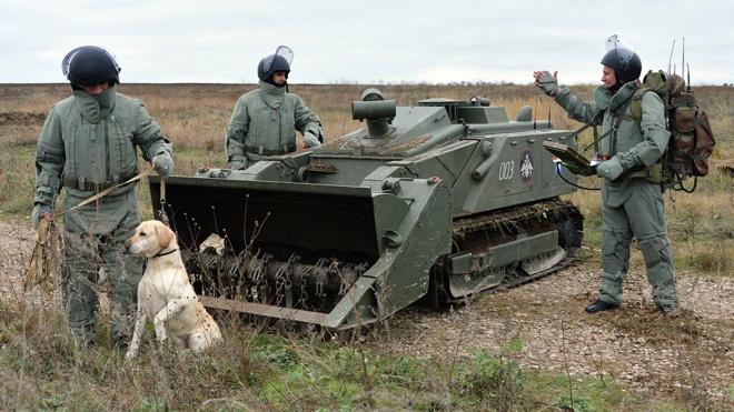 Робот-сапер «Уран-6» обезвредил «минное поле» на просторах Кубани