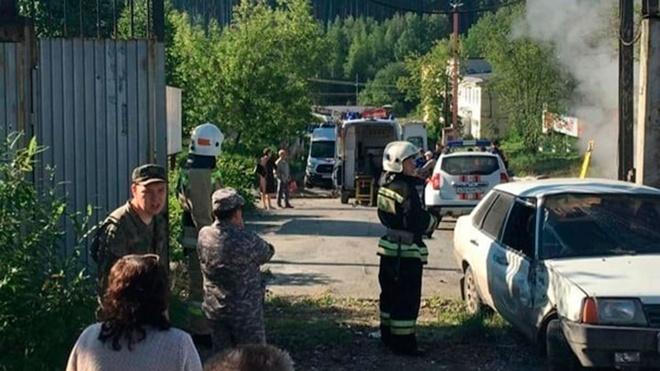 Автобус наехал на остановку в Свердловской области из-за отказа тормозов: шесть человек погибли