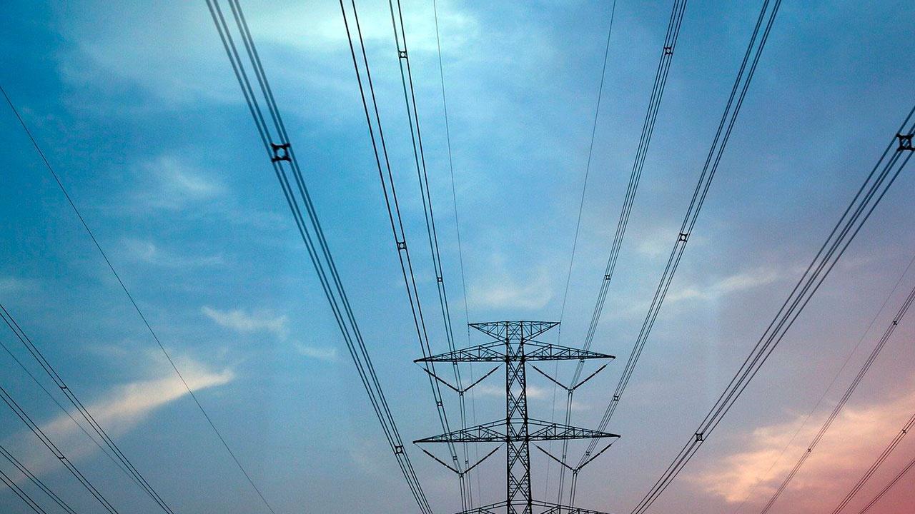 Полмиллиона человек остались без света из-за пожара на электростанции в Пуэрто-Рико