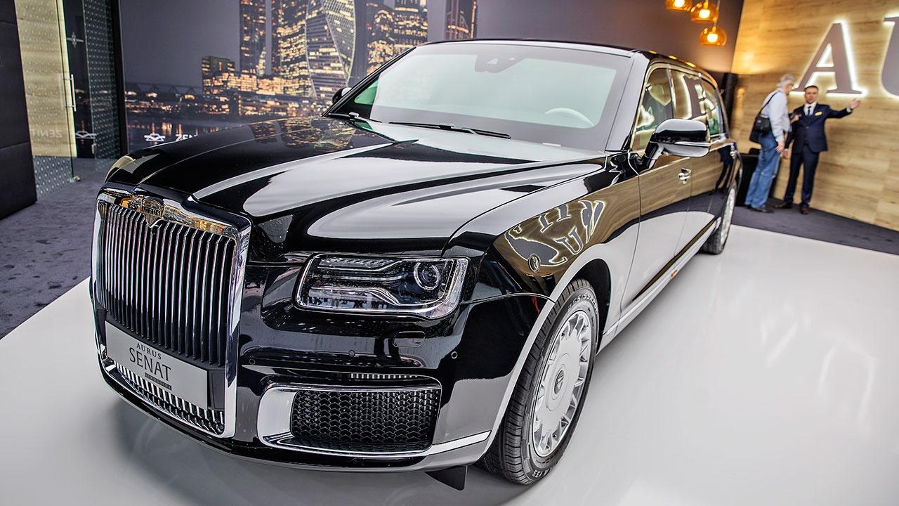 Aurus завоевал премию «Автомобиль года» в России