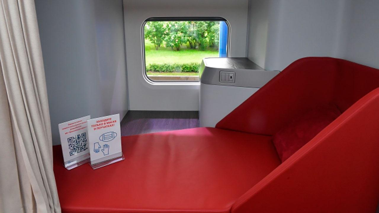 РЖД показали макет нового пассажирского капсульного вагона