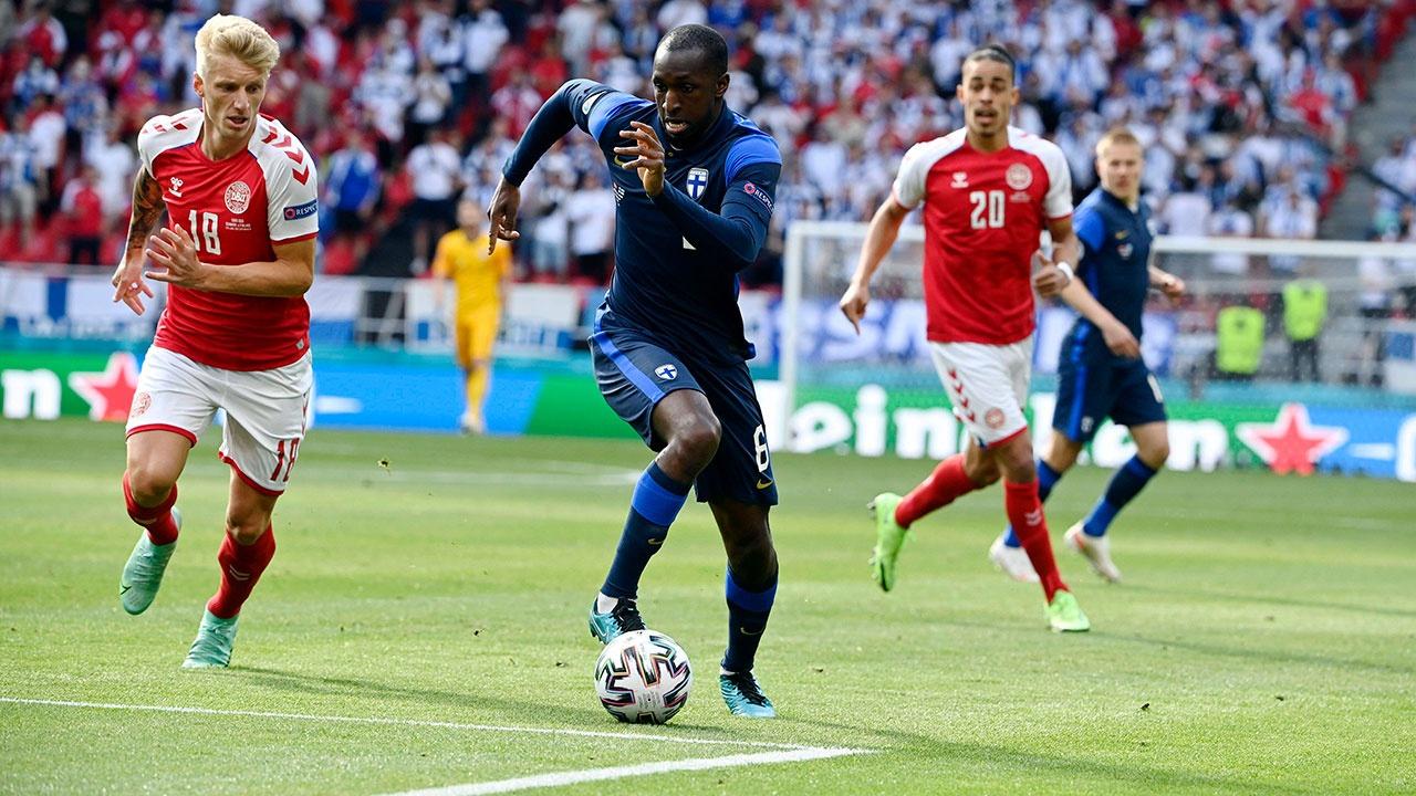 Сборная Финляндии обыграла команду Дании со счетом 1:0 в матче Евро-2020