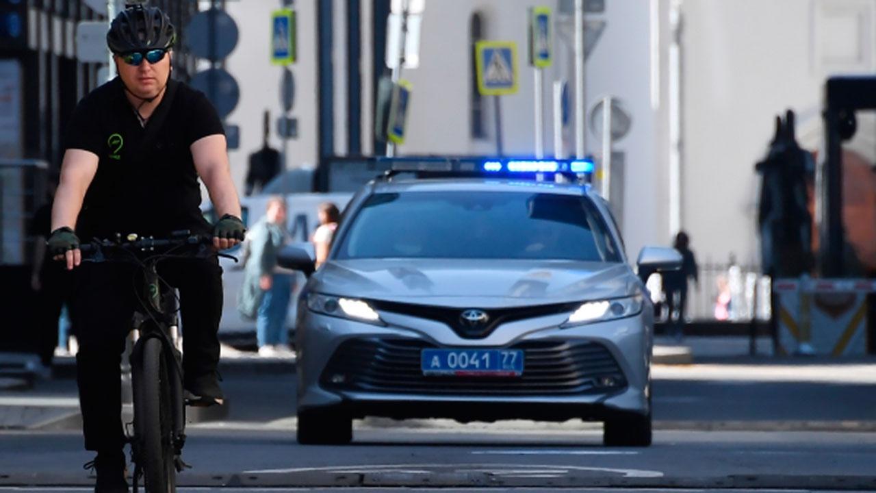 Мужчину ударили ножом в центре Москвы