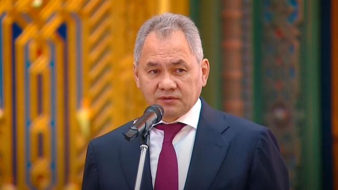Шойгу поблагодарил патриарха Кирилла за участие в создании Главного храма ВС РФ