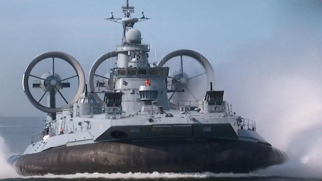 Воздушная атака: корабельные расчеты и авиация Балтийского флота провели учения по ПВО