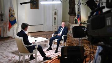 Путин в ходе интервью NBC попросил журналиста не «затыкать ему рот»