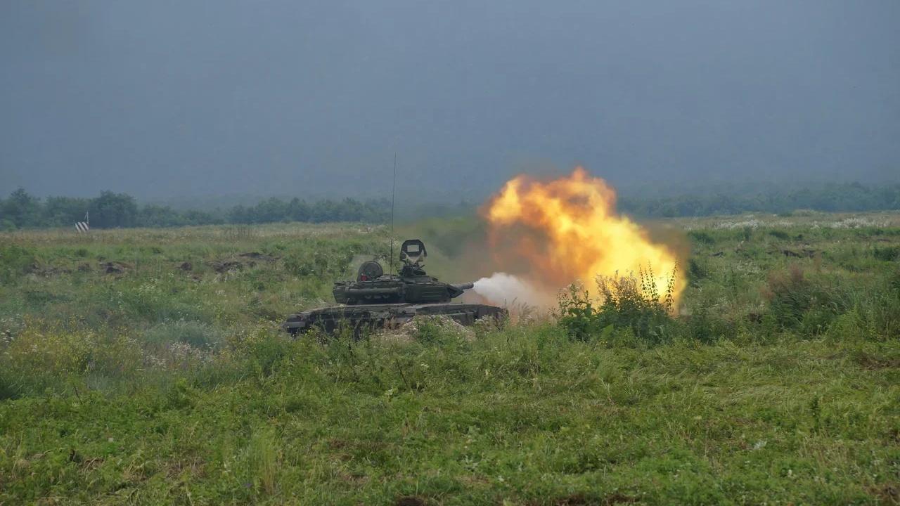 Отблески пламени и грохот стрельбы Т-72 и Т-90 озарят полигоны ЮВО
