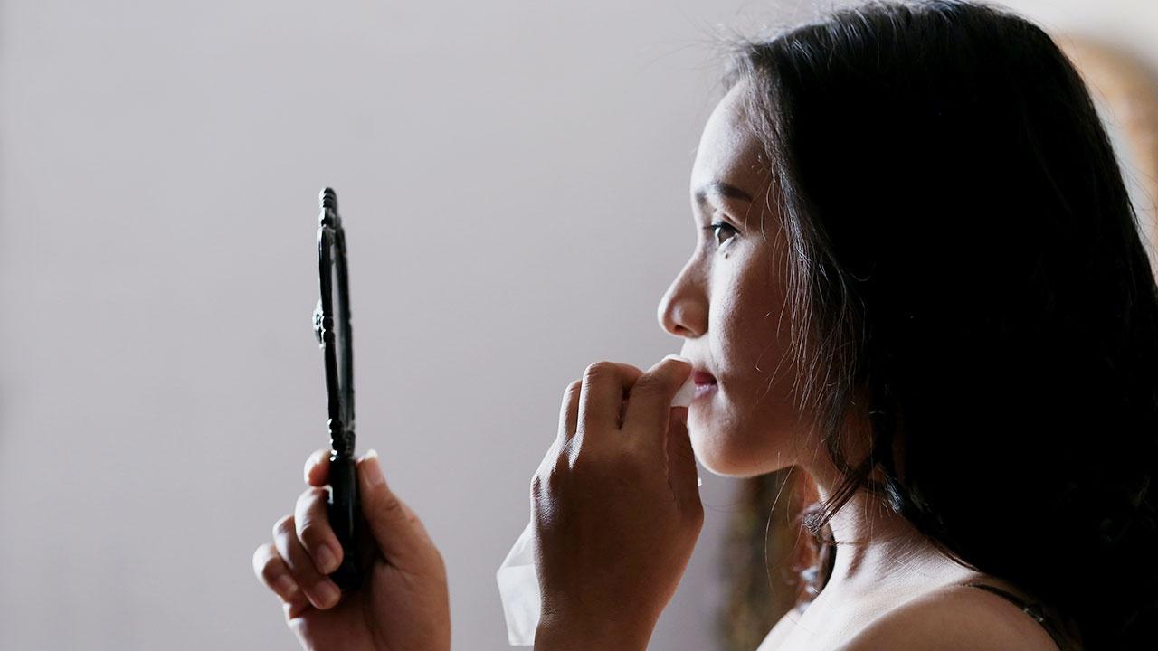 Ученые предупредили о смертельной опасности косметики