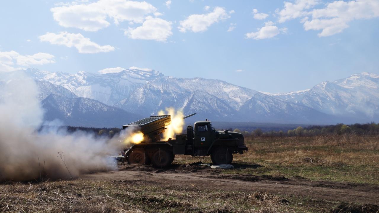 Артиллеристы ЮВО обрушили шторм из огня и осколков на цели в горах Кавказа