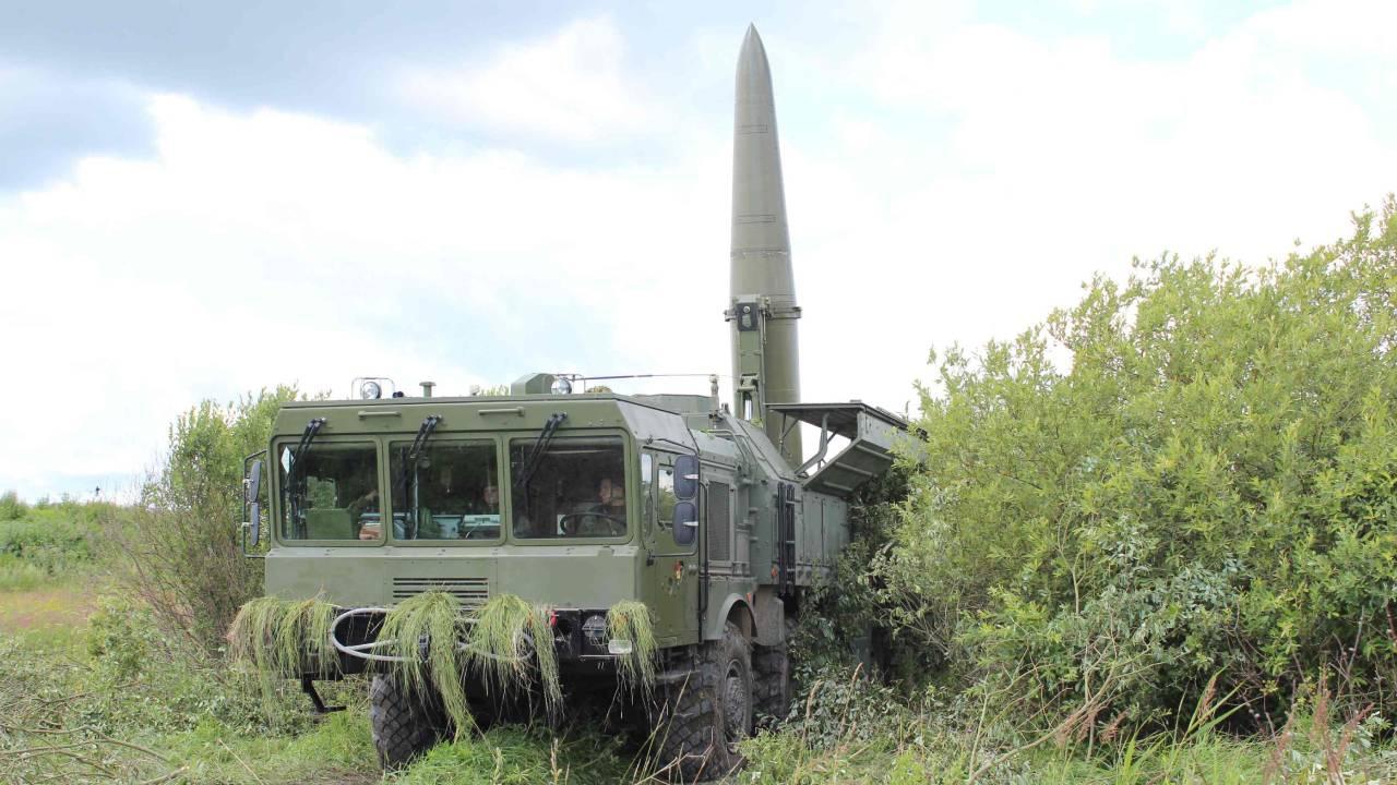 Сила «Искандеров»: расчеты ракетных комплексов отработали пуски под Калининградом