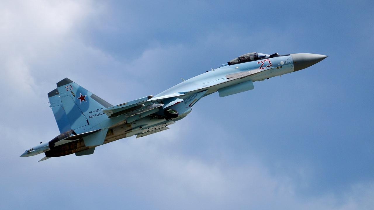 Экипажи Су-34 ЗВО уничтожили «противника» ракетными огнем