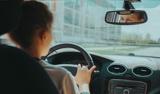 В ГИБДД рассказали водителям, как пережить жару за рулем