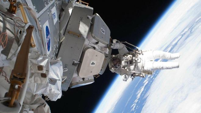 Ученые предложили модифицировать организм космонавтов перед полетом на Марс